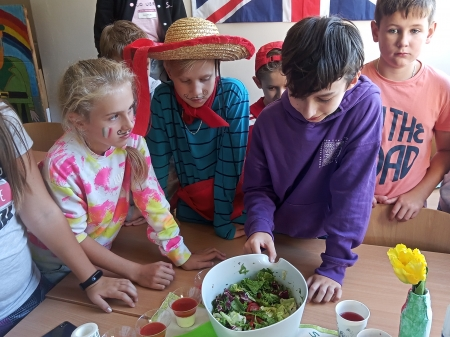 Obchody Europejskiego Dnia Języków w szkole podstawowej